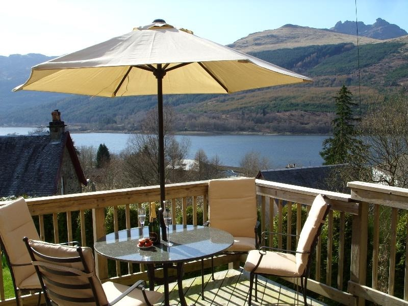 Romantic Retreats for Two in Scotland with views over Loch Lomond
