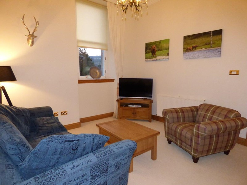 Loch Lomond Self Catering Castle Holiday Accommodation in Scotland